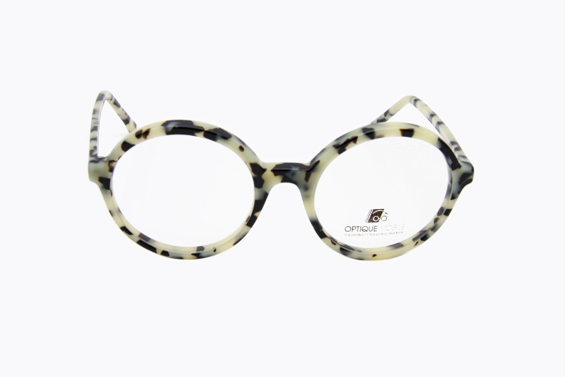 lunettes-femmes-face-bw08